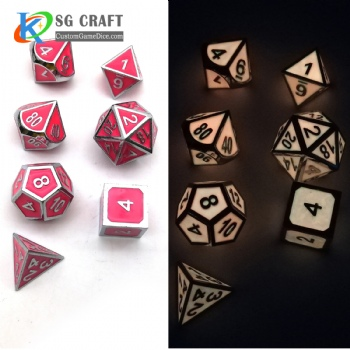GLOW YELLOW METAL DICE SET