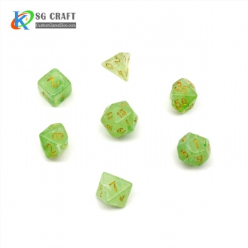 VELVET GREEN PLASTIC DICE SET