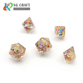 TRANSPRANT COLORFUL FLAKES FILLED PLASTIC DICE SET