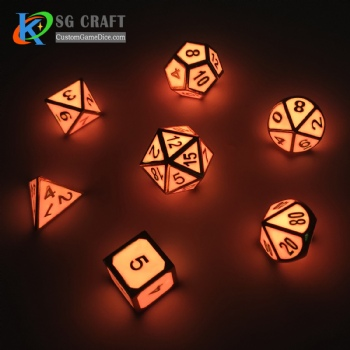 GLOW ORANGE METAL DICE