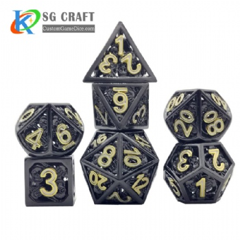 Hollow out skull style dnd game metal dice