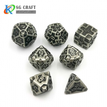 IRON MAN  ANTIQUE SILVER  METAL DICE SET